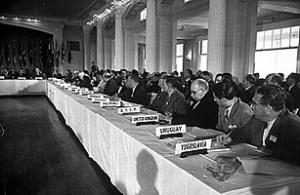 Εκπρόσωποι χωρών του δυτικού κόσμου στη διάσκεψη του Bretton Woods to 1944
